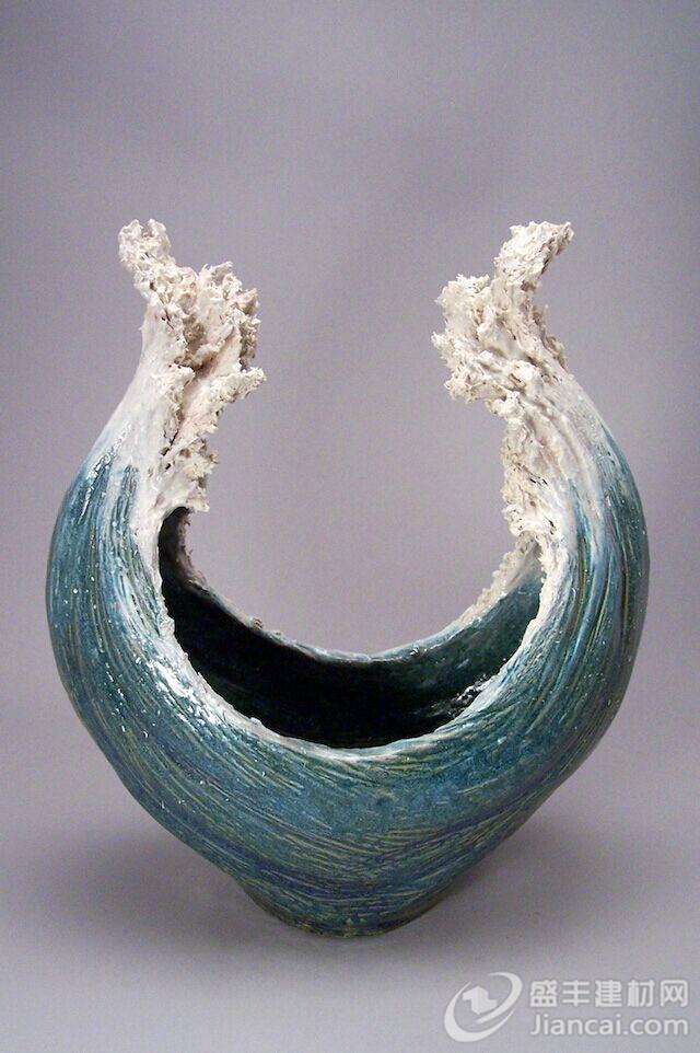灵感来自海洋的陶瓷雕塑