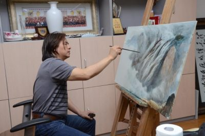 中国工艺美术大师赖德全艺术作品展将亮相北京陶瓷展